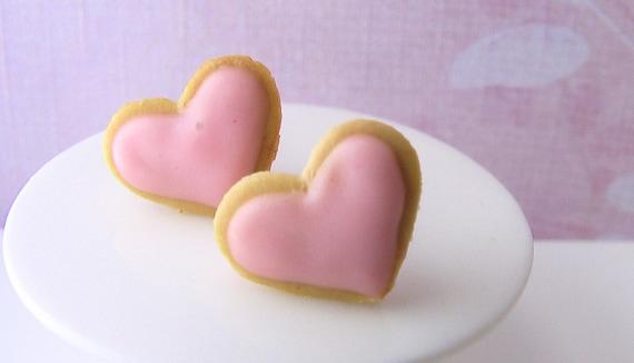 Cookie Earring - Heartthrob Butter Cookie Earrings in Sugar Pink