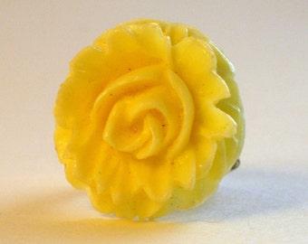 OOAK Cream Flower Ring