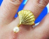 Pearl From the Sea - Sea Shell with A Pearl Ring