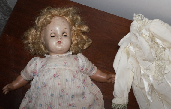 Vintage Horsman 1940s Mamma Doll    Still Cries