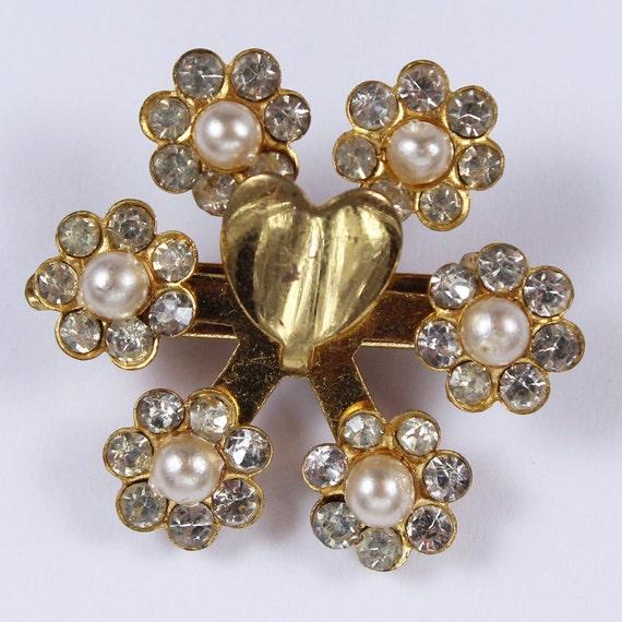 SALE Vintage Golden Pearl Heart Brooch