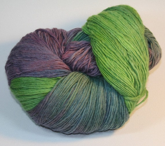 Montevideo - hand dyed Corriedale single ply fingering yarn - 8.5 oz