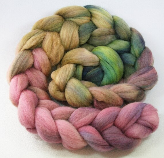 Pale Persuasion - 4 oz hand dyed Polwarth wool spinning combed top