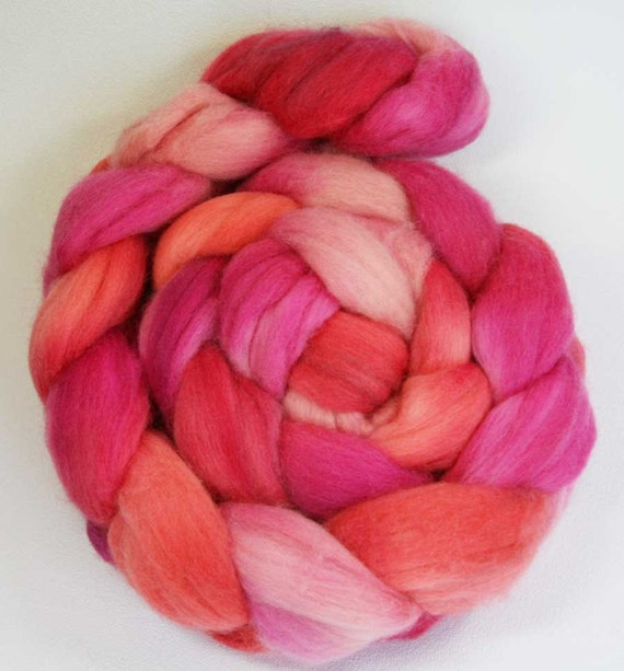 Peachberry Tart - hand painted Polwarth combed top - 4 oz