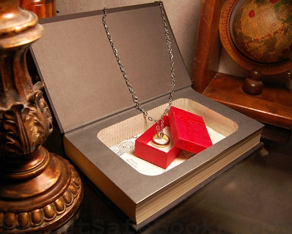 Hollow Book Safe (Lord of the Rings The Fellowship of the Ring)