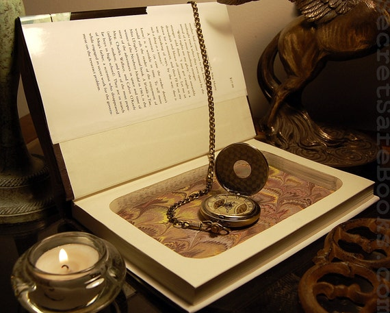 Hollow Book Safe (A Wrinkle in Time)