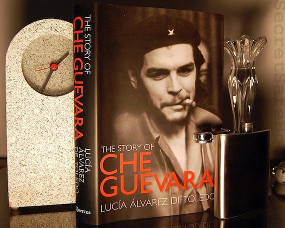 Hollow Book Safe & Flask CHE GUEVARA