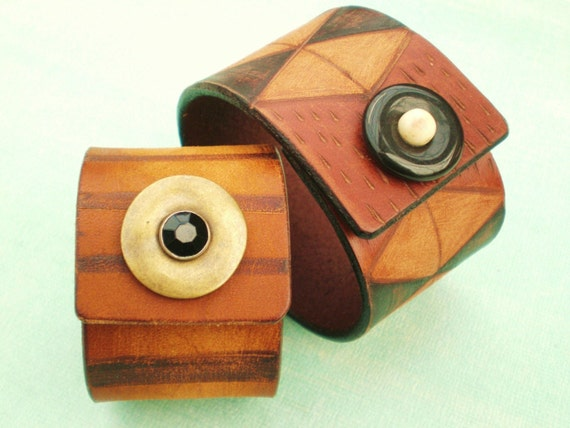African Folk Traditional Hand Dyed Diamond Leather Cuff
