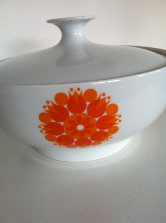 15%off use coupon code Uganda15, Vintage retro ceramic serving dish