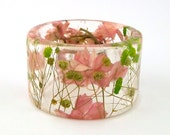 Pink and Green Botanical Resin Bangle.  Chunky Bangle with Pressed Flowers.  Real Flowers - Green Baby's Breath.