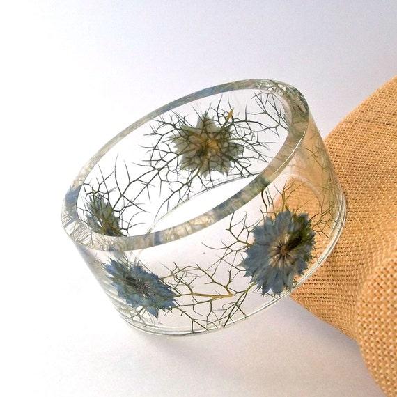 Size XXL  Blue Nigella Resin Bangle.  Botanical Pressed Flower Bracelet.  Plus Size Bangle with Real Flowers.