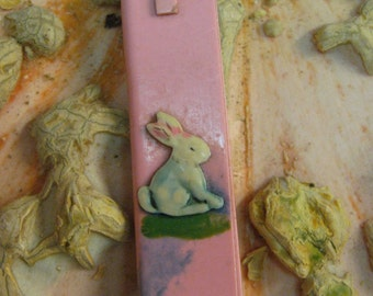 Child's Jewelry Antique Pink Celluloid Baby Hair Comb Bunny Rabbit Easter pendant Collapsible Grooming Precious RARE Neccessary FREE SHIPPING