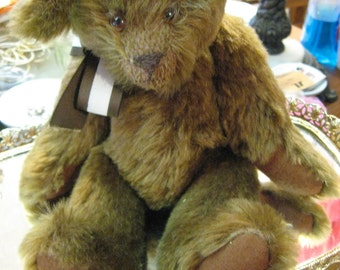 Teddy Bear artist , Mohair jointed mohair glass eyes, shaved muzzle, handstitched nose, mouth, pads , c1990