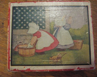 SUNBONNET SUE Girls Washday Gamebox Antique Box 1908 BL Corbett Published J I Austin Red White 20% off Sale 10moj2