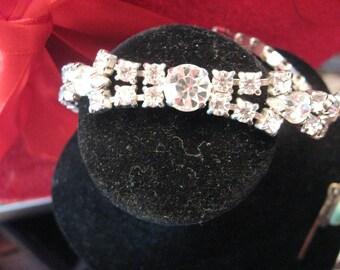 VINTAGE Kramer Rhinestone Ice White c 1950 Link Style Signed Mad Men, Brides Bracelet , Pristine
