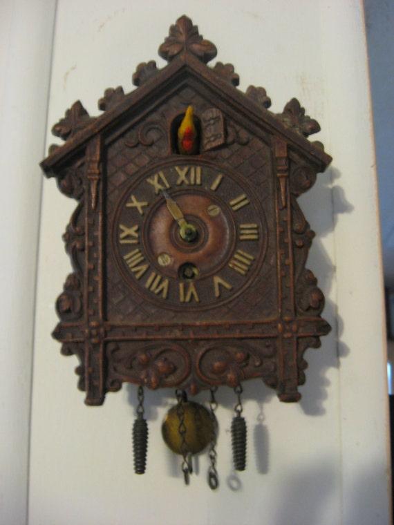 Antique Wind Up Novelty Cuckoo Clock Keebler Coo Coo