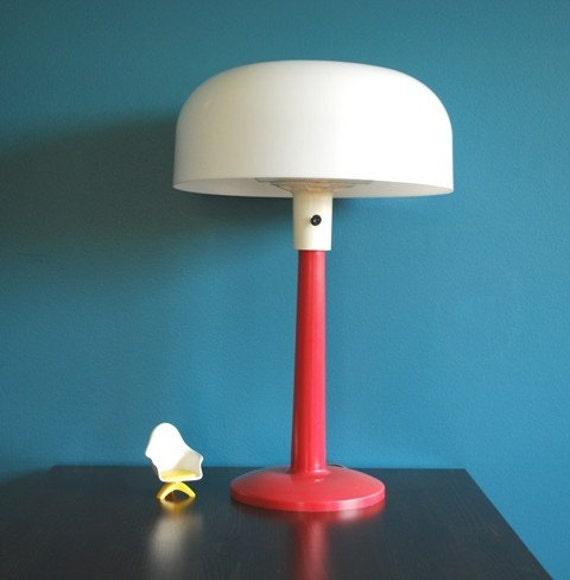 Vintage Lightolier Lamp