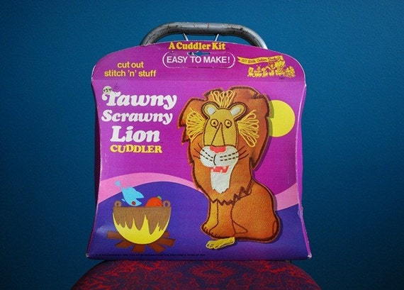 Vintage Tawny Scrawny Lion Plushie Sewing Kit