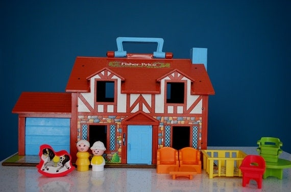 Vintage Fisher Price Little People Tudor House Dolls and
