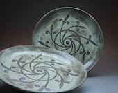 "Set of 4 Deep Dish Dinner Plates, 9.5"", Pinwheel, Rustic Blue Glaze - MADE TO ORDER"