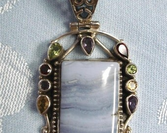 Stunning Blue Lace Agate Gemstone Sterling Silver vintage Pendant