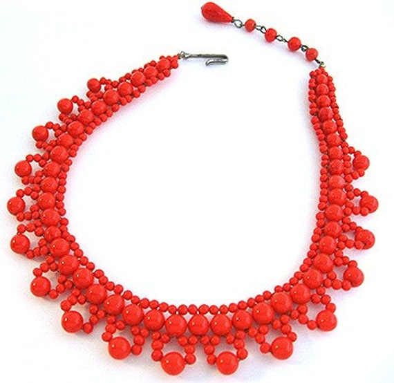 1940s Woven RED Glass Beaded Vintage Choker NECKLACE