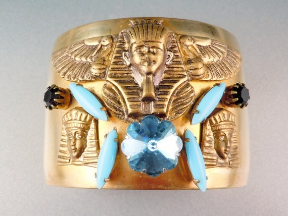 Lovely Egyptian Revival Pharaoh Vintage Cuff