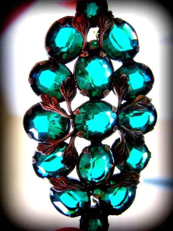 Stunning Art Deco Emerald Glass Open Back Brooch