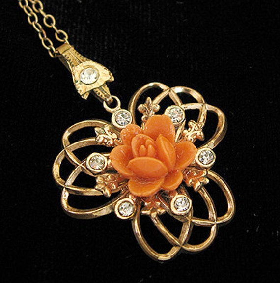 Art Deco Carved Coral Rose Gold Vintage Necklace