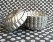 Set of 6 Tiny Aluminum Baking Molds