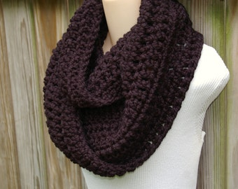 Chunky Cowl Crochet Infinity Scarf Wool Circle Scarf in Black