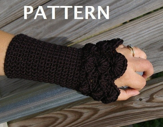 Crochet Patterns Arm Warmers : Crochet Pattern Arm warmers in Peacock Pattern by CandacesCloset