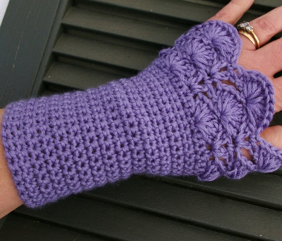 Arm warmers Fingerless Gloves In Lavender African Violet with Peacock Pattern Amethyst