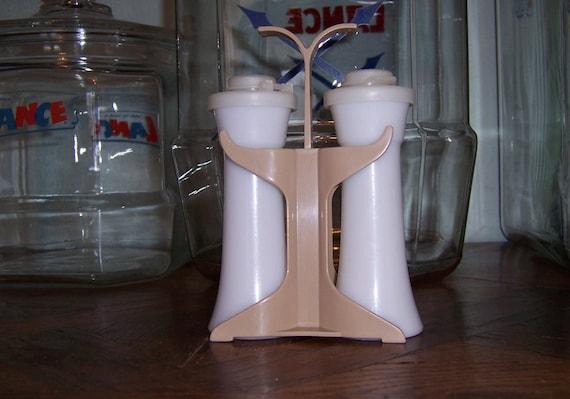 Vintage tupperware salt and pepper shaker set with stand for Vintage tupperware salt and pepper shakers