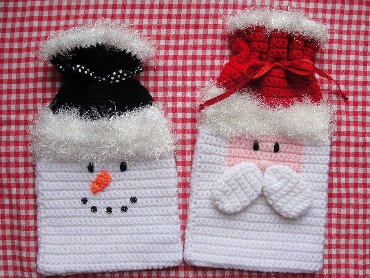 Crochet Patterns Gifts : Holiday/Christmas Gift Bags Crochet Pattern by TooCuteCrochet