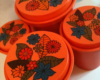 Rubermaid Retro/Vintage Set of 4 Orange Nesting Kitchen Canisters with Multi-Colored Flowers