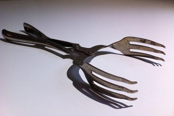 Vintage Forked Salad Tongs