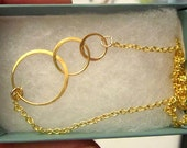 Three circle link gold necklace wedding bridemaids gift -ship today