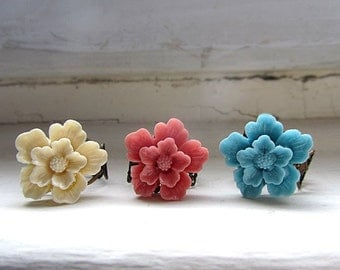 Cherry blossom antique adjustable ring choose cream, blue, cherry color