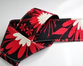 Padded dSLR Camera Strap Cover. Black and Red Midnight Kiss