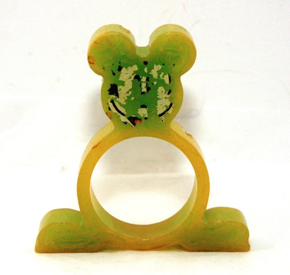 Bakelite - Catalin - Mickey Mouse Napkin Ring