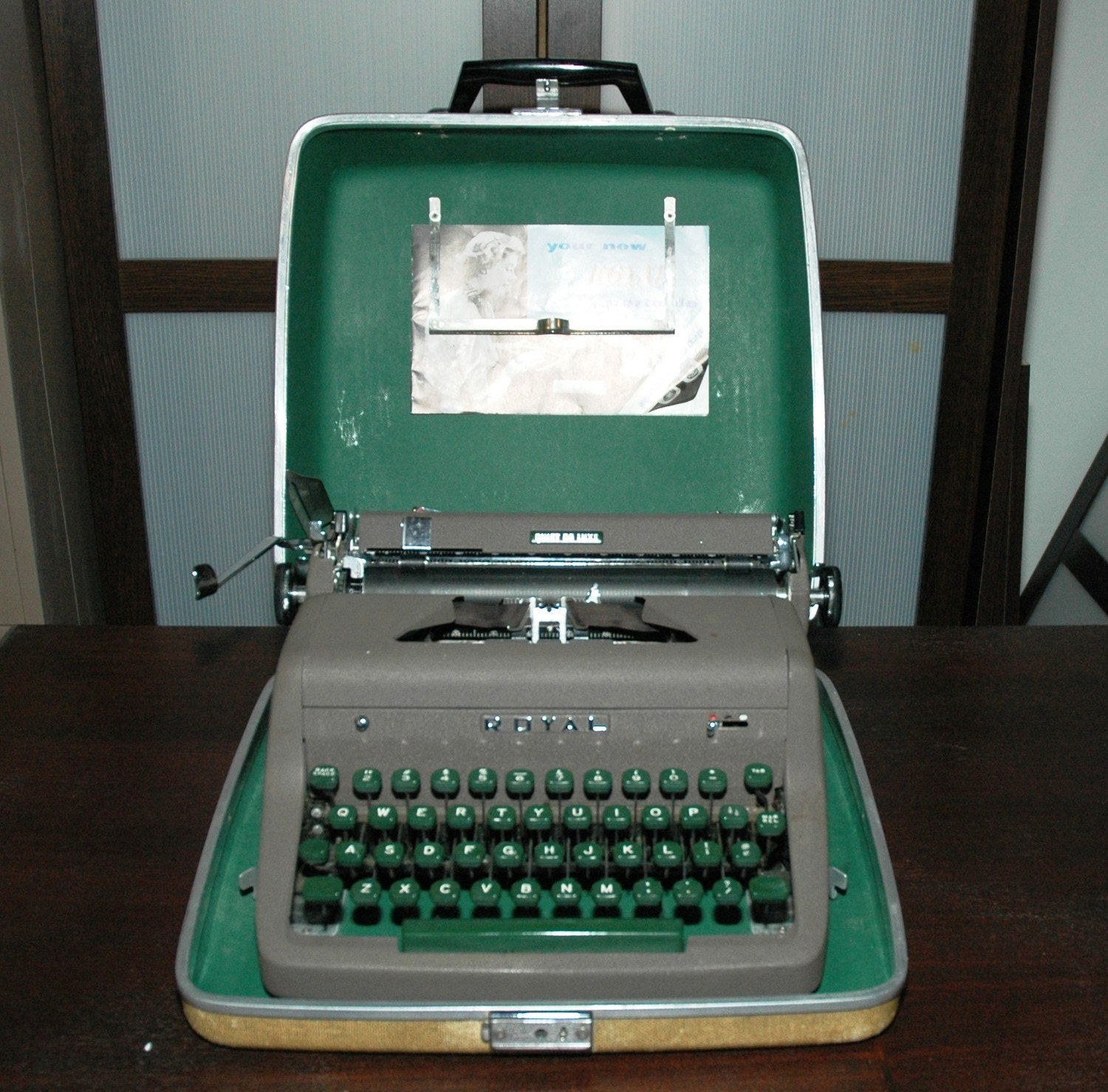 Vintage Royal Quiet De Luxe Typewriter With Case 1950 S