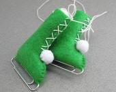 Eco-Friendly Ornament Ice Skates Vintage Style Recycled Felt Apple Green