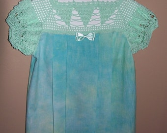 Spring Green Turquoise dress girls size 2T with hand crocheted yoke