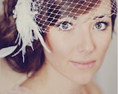 Ivory Feather Bridal Clip with Vintage Accent /// Hannah