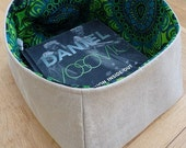 Reversible Vintage Linen Storage Basket with 'Bacardi' Boras Cotton retro cotton lining (large sized)