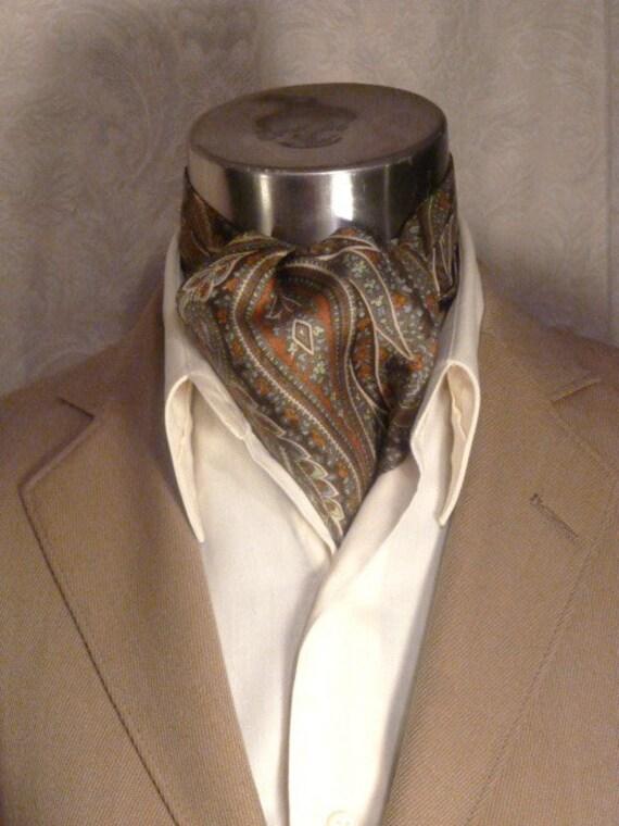 Vintage Liberty of London Subtle Paisley Silk Ascot Cravat