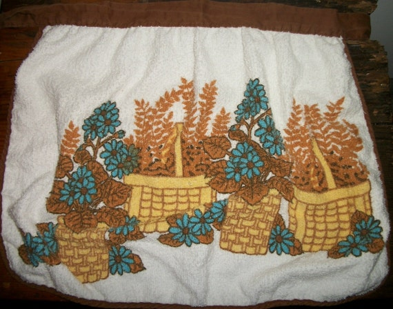 Terry Cloth Apron with Flower Baskets Print