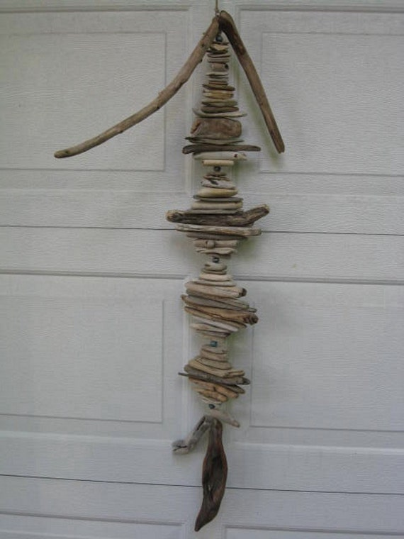 Driftwood Mobile With Blue Beads (DC320)