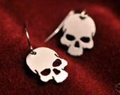 Skull earrings in silver stainless steel - silver skull jewelry - punk rock earrings